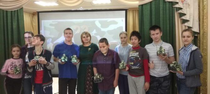 В Норильске для детей провели занятие, посвященное Дню защитника Отечества